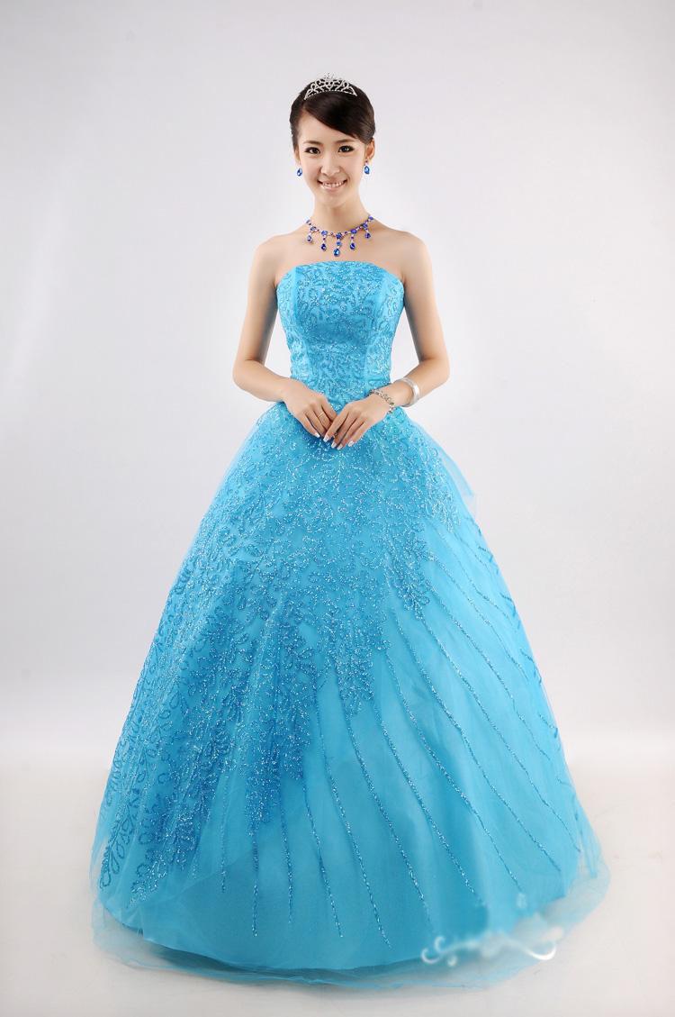 Фото синее бальное платье